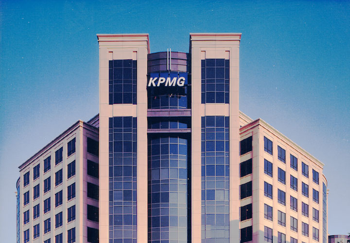 Award-winning ground-up corporate construction management oriject for KPMG