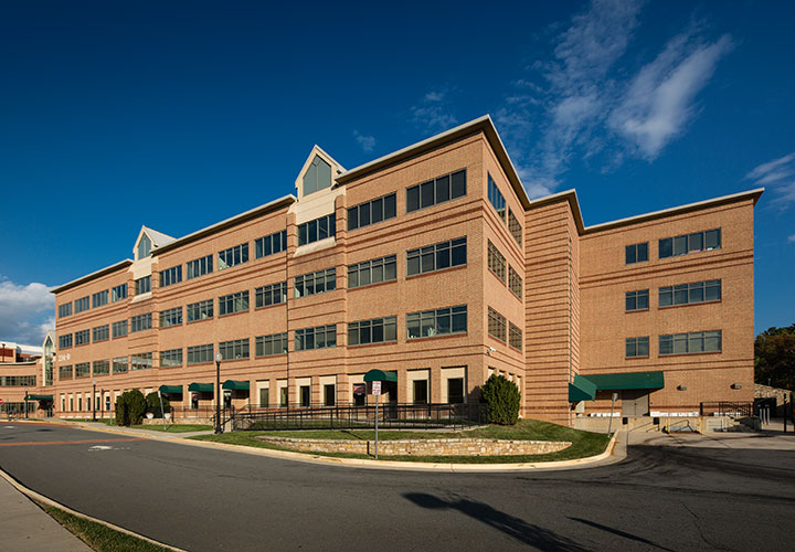 Property management services at Cornwall Pavilion in Leesburg, VA
